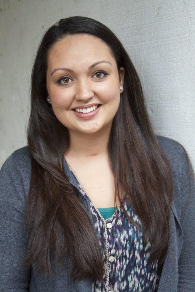 Valerie Mays of John L. Scott earns real estate license.