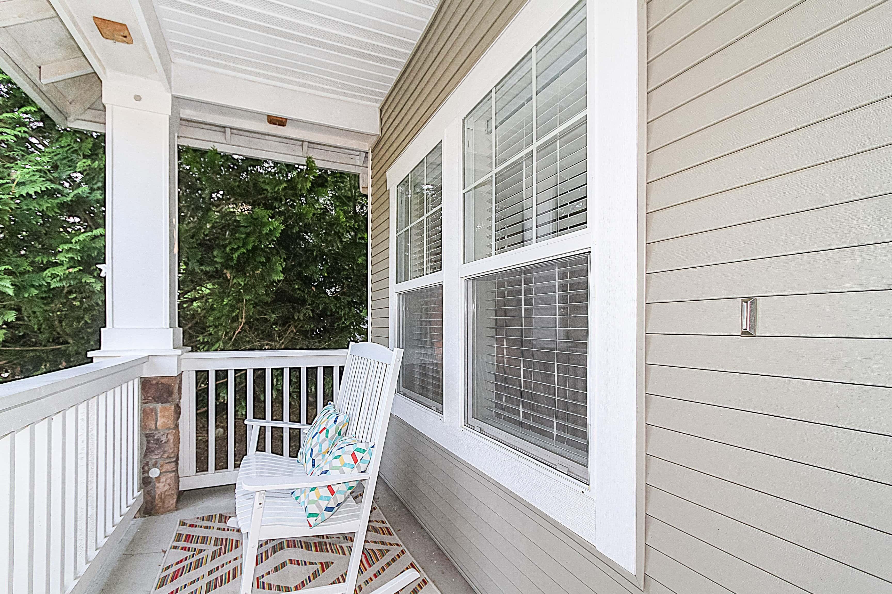 004_Front Porch