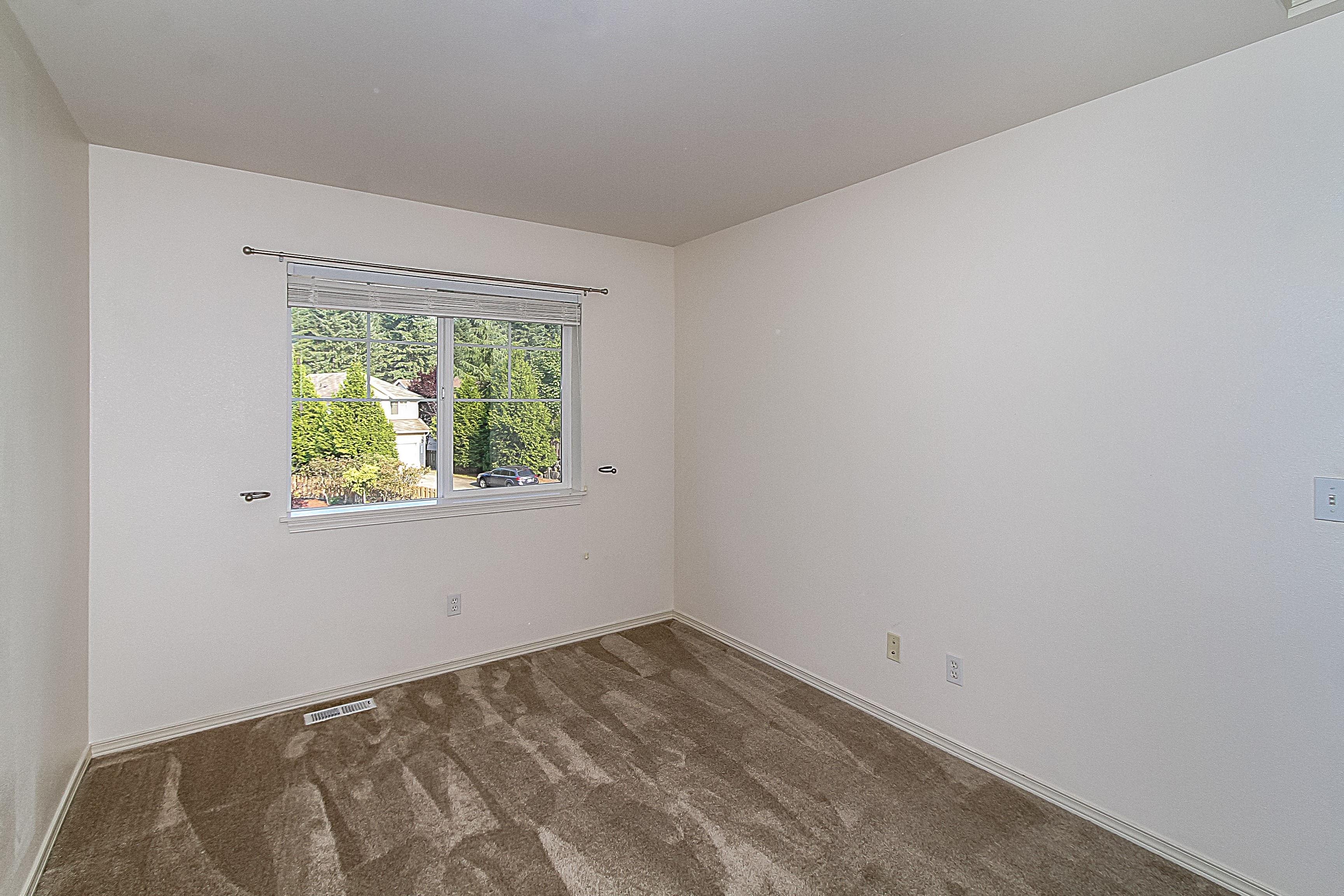 018_2nd Bedroom