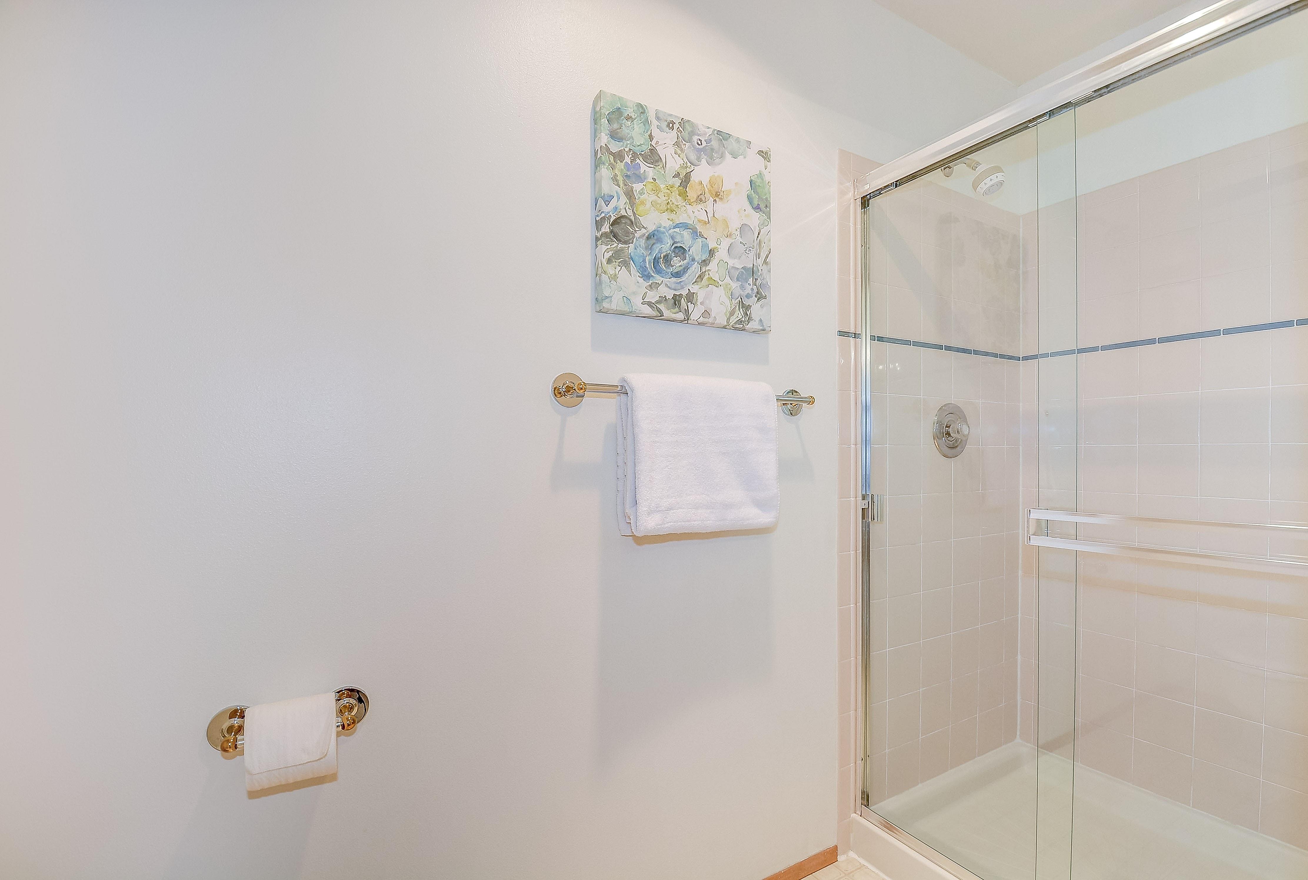 021_Master Shower
