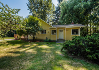 Beautiful & Cozy Hidden Gem with Great Affordable Acreage