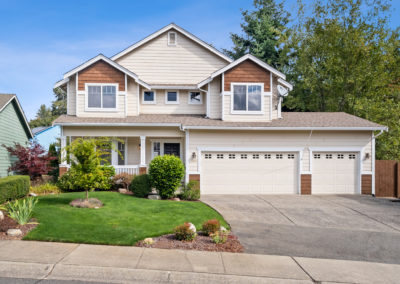 Fantastic Move-In Ready Home in Carrington Bluff! – Pending